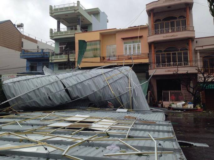 Bão số 12 tan, Khánh Hòa tan hoang, ít nhất 11 người chết - Ảnh 14.