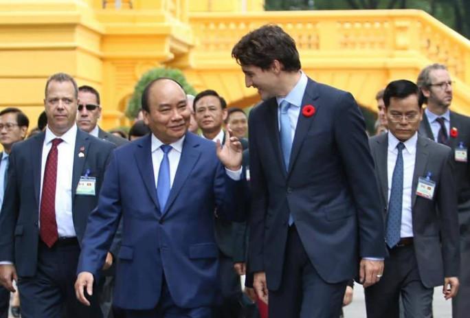 Cận cảnh lễ đón Thủ tướng Canada Justin Trudeau ở Phủ Chủ tịch - Ảnh 7.
