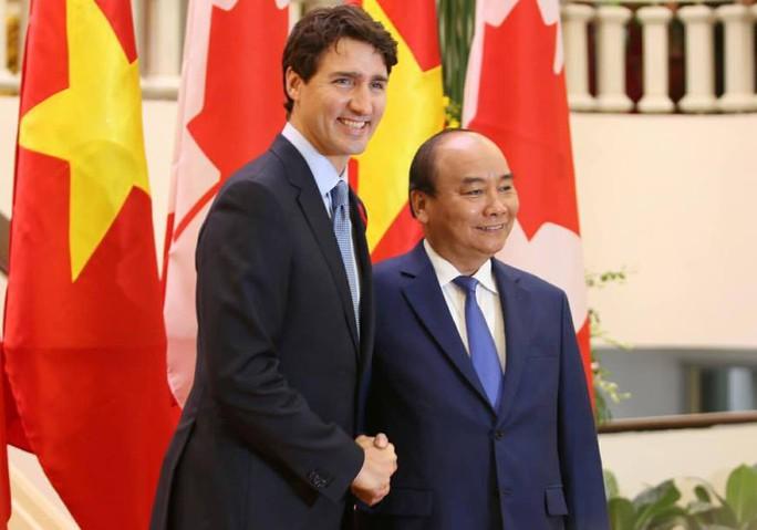 Cận cảnh lễ đón Thủ tướng Canada Justin Trudeau ở Phủ Chủ tịch - Ảnh 8.