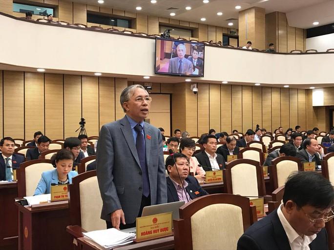 Hà Nội quyết tăng phí vỉa hè, lòng đường tới 300% - Ảnh 2.