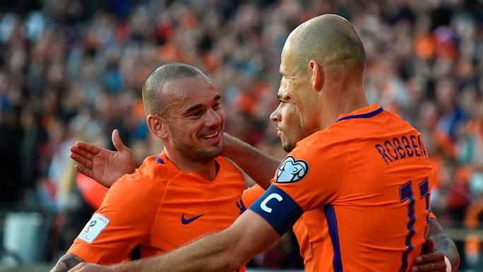 Vượt Van der Sar, Sneijder lập kỷ lục ở tuyển Hà Lan - Ảnh 2.