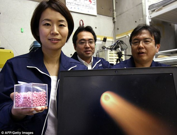 Nhật Bản chế tạo ra... mưa sao băng - Ảnh 1.