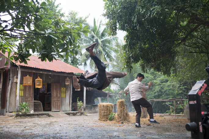 Dustin Nguyễn tự tin thế vai của Trường Giang - Ảnh 2.