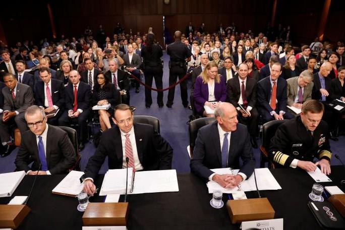 Cựu giám đốc FBI sẽ nói gì khi ra điều trần? - Ảnh 2.