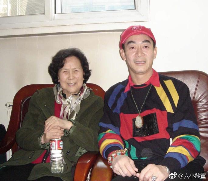 Dương Khiết và diễn viên Lục Tiểu Linh Đồng