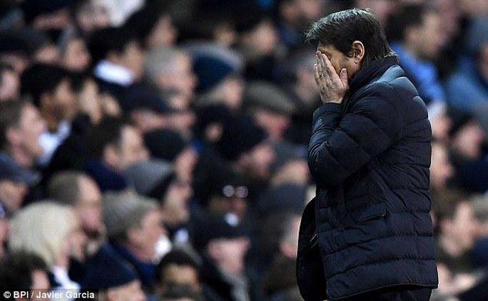 HLV Conte thất vọng sau trận
