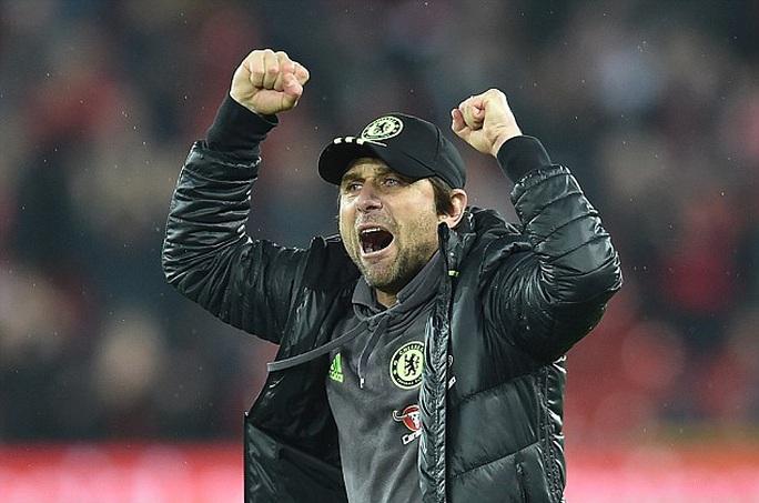 HLV Conte đang thăng hoa cùng Chelsea