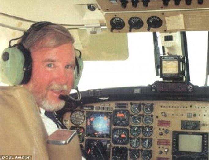 Ông Max Quartermain, phi công của chiếc máy bay gặp nạn. Ảnh: C&L Aviation