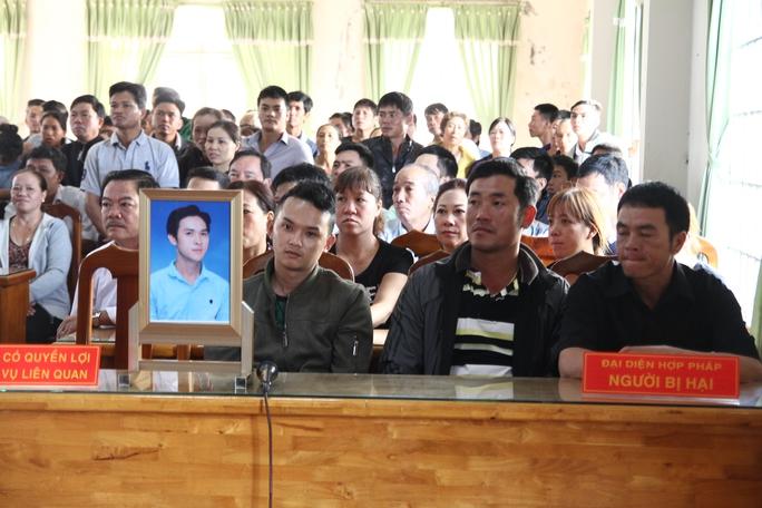Xét xử vụ giết chồng người tình chôn xác rúng động Lâm Đồng - Ảnh 3.