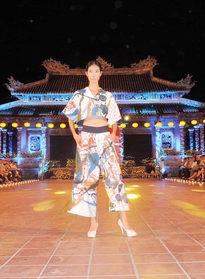 Ấn tượng thời trang tại Đêm lụa Phương Đông huyền ảo          - Ảnh 6.