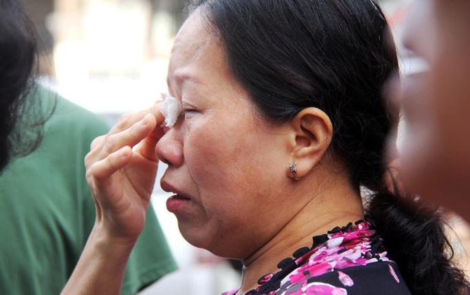 Cận cảnh vụ cháy, 3 mẹ con tử vong - Ảnh 10.