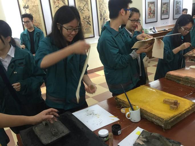 Một giờ ngoại khóa của học sinh Trường THCS - THPT Nguyễn Tất Thành (Hà Nội)