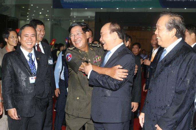 Việt Nam - Campuchia luôn kề vai sát cánh - Ảnh 1.