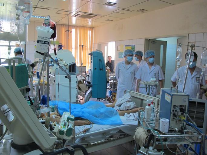 Vụ tai biến chạy thận: Bộ Y tế kiến nghị cho bác sĩ Lương tại ngoại - Ảnh 1.