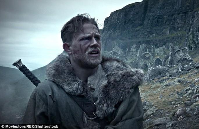 Phim King Arthur thua thảm, loạt phim này chết trong trứng - Ảnh 1.