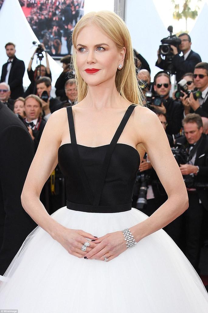 Nicole Kidman vẫn tỏa sáng ở tuổi 50 - Ảnh 6.