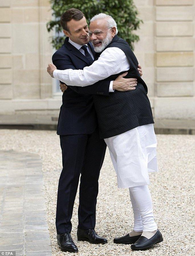 Pháp- Ấn Độ: Cái ôm nồng nhiệt chống sự nóng lên của toàn cầu - Ảnh 2.