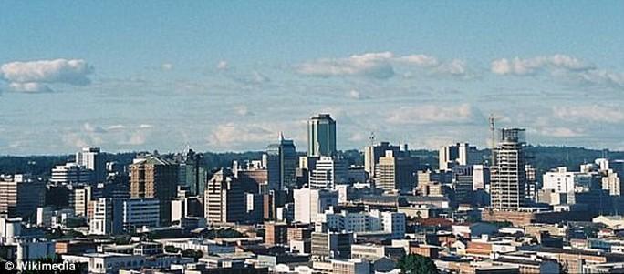 Zimbabwe: Liên tiếp 2 vụ việc đàn ông bị phụ nữ cưỡng hiếp - Ảnh 1.