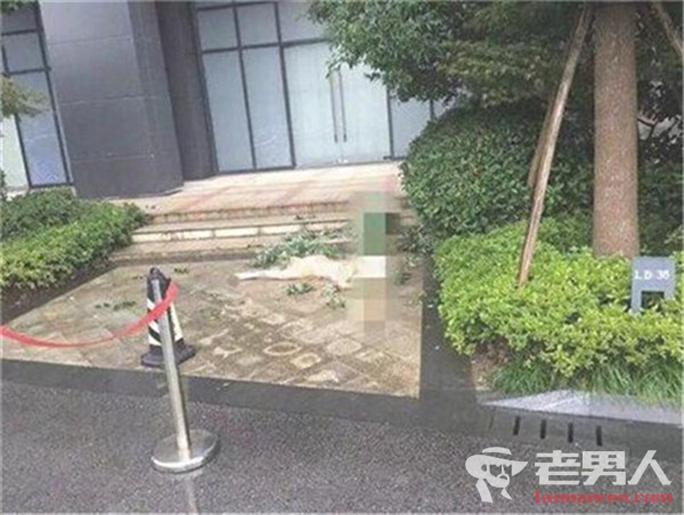 Sao nữ của Trung Quốc chết khỏa thân ở tuổi 28 - Ảnh 4.