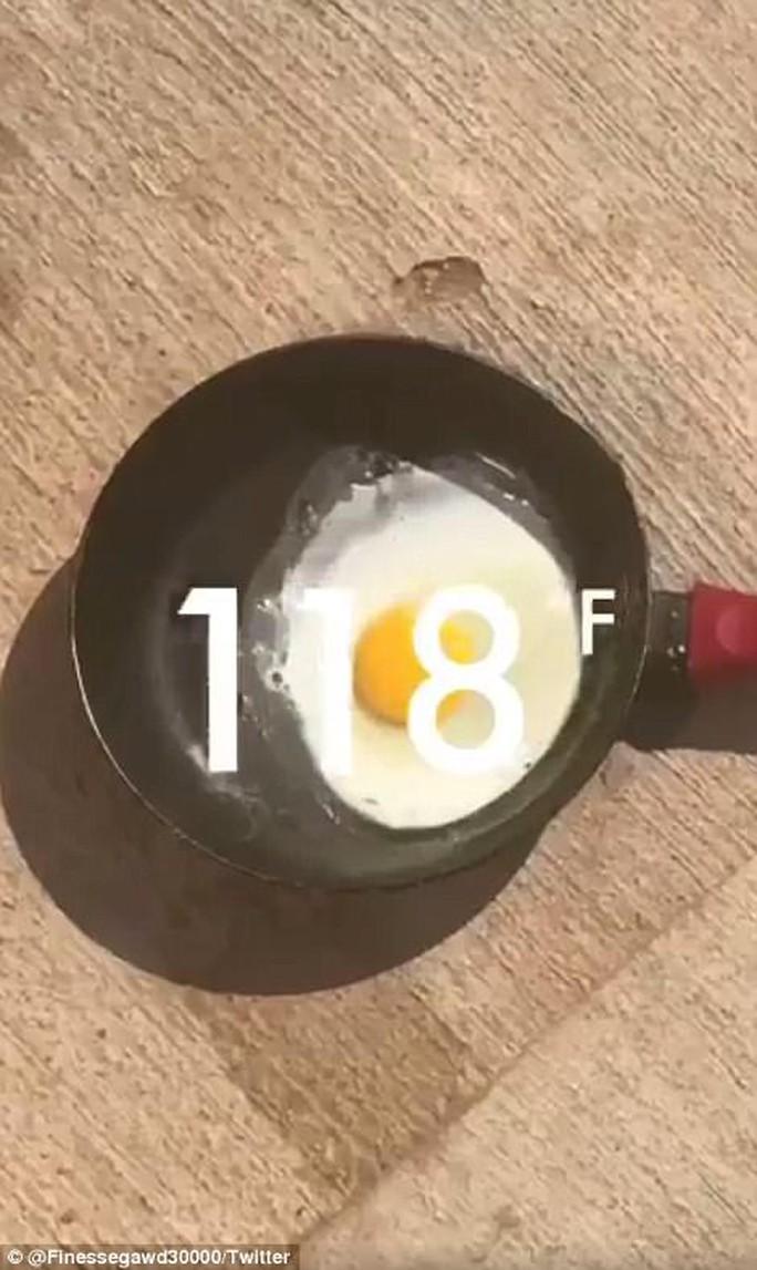 Mỹ: Nắng nóng tới mức nướng chín bánh trên ô tô - Ảnh 5.