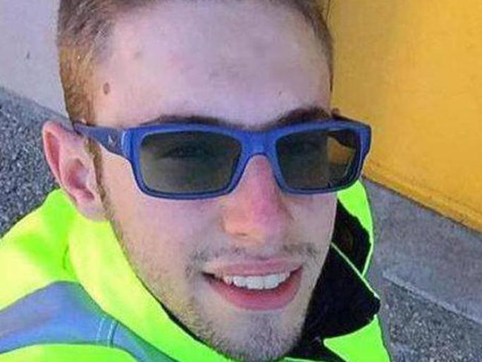 Tài xế Italo D'Elisa bị Di Lello truy lùng và bắn chết tại một quán cà-phê. Ảnh: Facebook