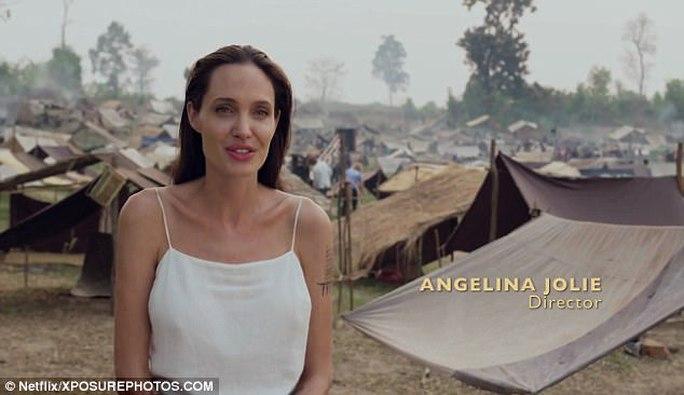 Angelina Jolie bị chỉ trích là người tàn nhẫn - Ảnh 1.