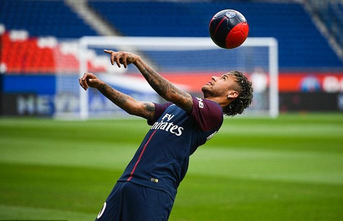 Neymar: Thật buồn khi mọi người nghĩ tôi đến PSG vì tiền - Ảnh 4.