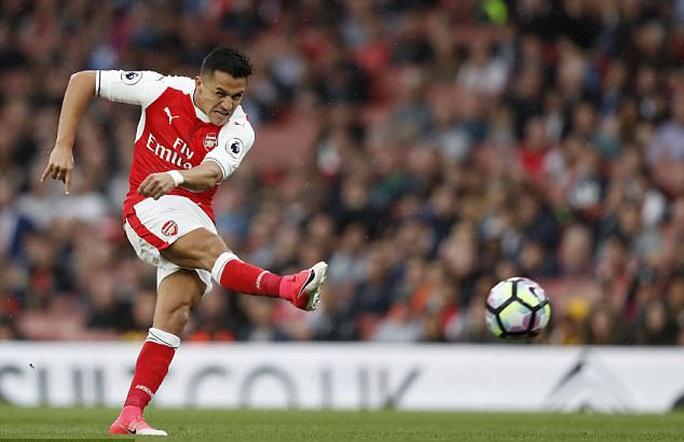 Sanchez sắp là cầu thủ nhận lương cao nhất Premier League - Ảnh 2.
