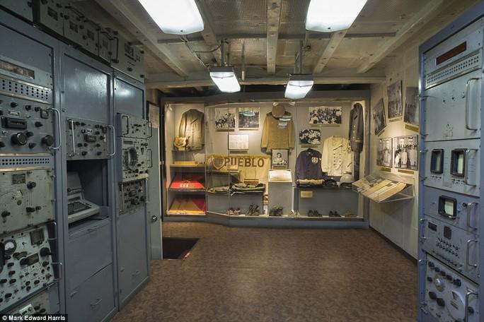 Bên trong tàu Hải quân Mỹ bị Triều Tiên bắt giữ 50 năm trước - Ảnh 4.