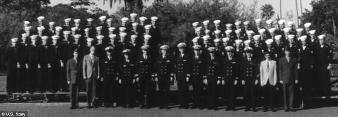 Bên trong tàu Hải quân Mỹ bị Triều Tiên bắt giữ 50 năm trước - Ảnh 9.