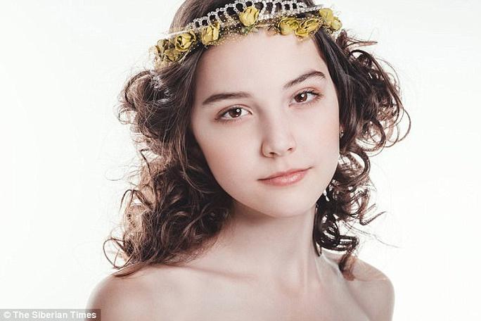 Người mẫu Nga đột tử ở tuổi 14 - Ảnh 4.