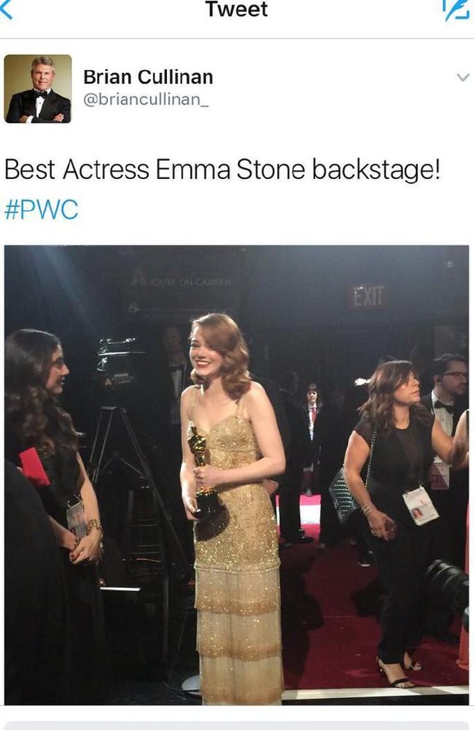 Đại diện công ty kiểm toán bị cho là tập trung chụp ảnh Emma nên sai sót