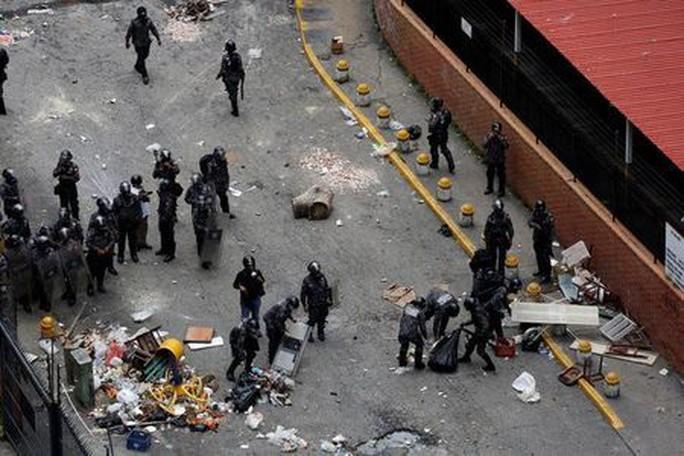Venezuela: Đụng độ tại đình công triệu người, 3 người chết - Ảnh 1.