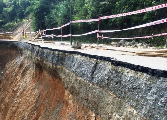 Quốc lộ gần 100 triệu đô ở Thanh Hóa sụt lún kinh hoàng - Ảnh 5.