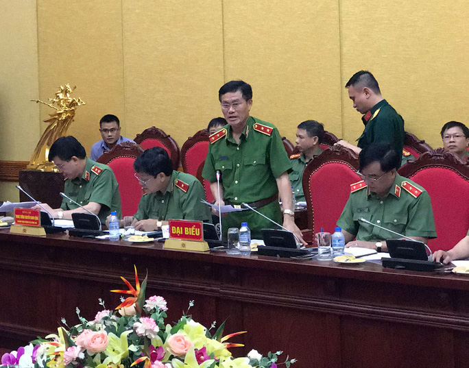 Nhà báo Duy Phong bị tố vòi tiền giám đốc sở - Ảnh 1.