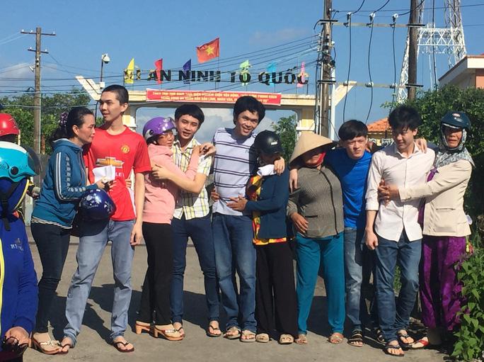 5 bị cáo kêu oan ở Cà Mau được tại ngoại - Ảnh 2.
