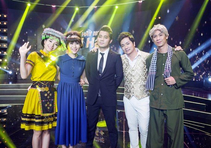 Các thí sinh trong đêm thi