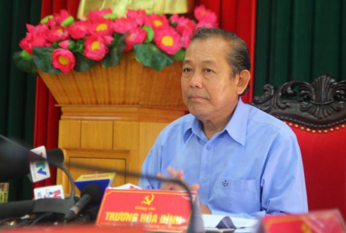 Phó Thủ tướng đề nghị tặng bằng khen phóng viên bị lũ cuốn - Ảnh 5.