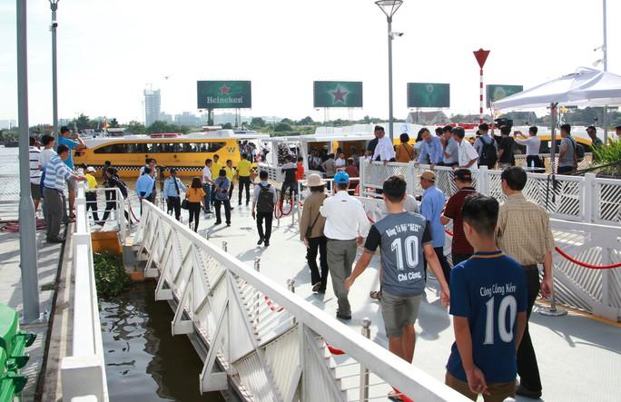 Buýt đường sông đã chính thức vận hành - Ảnh 11.