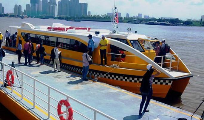 TP HCM vận hành tuyến buýt đường sông - Ảnh 1.