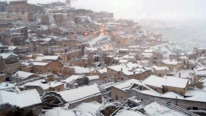 Salento cùng nhiều khu vực khác ở miền Nam nước Ý cũng bị tuyết bao phủ. Đây là hiện tượng hiếm khi xảy ra. Ảnh: Supplied