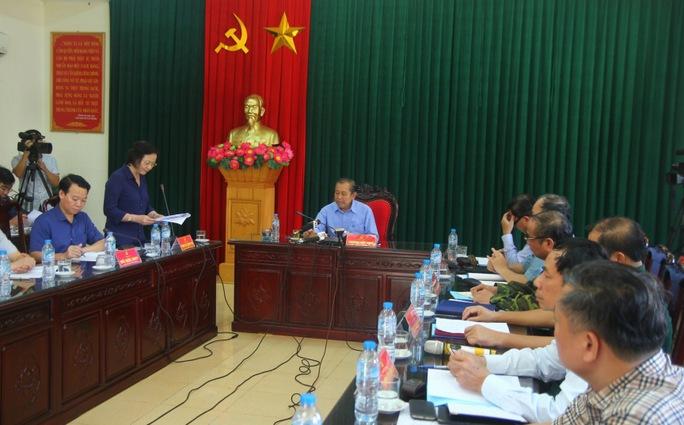 Phó Thủ tướng đề nghị tặng bằng khen phóng viên bị lũ cuốn - Ảnh 4.