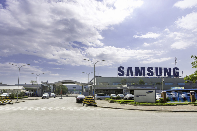 Nữ công nhân làm việc, ăn ở ra sao tại Samsung Việt Nam? - Ảnh 1.