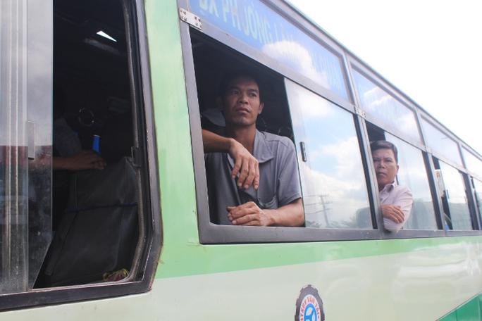 Trạm BOT Biên Hòa rối loạn, Quốc lộ 1 hướng Bắc - Nam tê liệt - Ảnh 10.