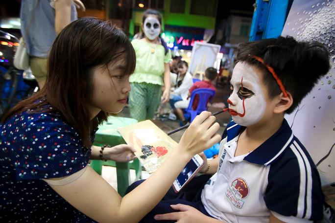 Ai sướng nhất đêm Halloween ở Sài Gòn? - Ảnh 9.