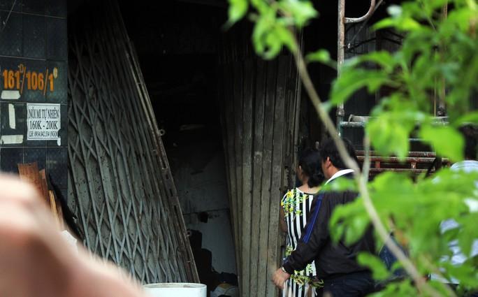 Cận cảnh vụ cháy, 3 mẹ con tử vong - Ảnh 2.