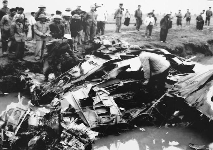 45 năm Hà Nội - Điện Biên Phủ trên không: Hạ gục pháo đài bay - Ảnh 1.