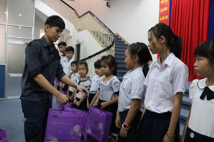 Nhiều hoạt động chăm lo cho trẻ em nghèo - Ảnh 1.