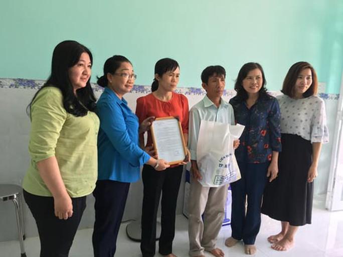 Trao mái ấm cho giáo viên nghèo tại Cần Giờ, TP HCM - Ảnh 1.