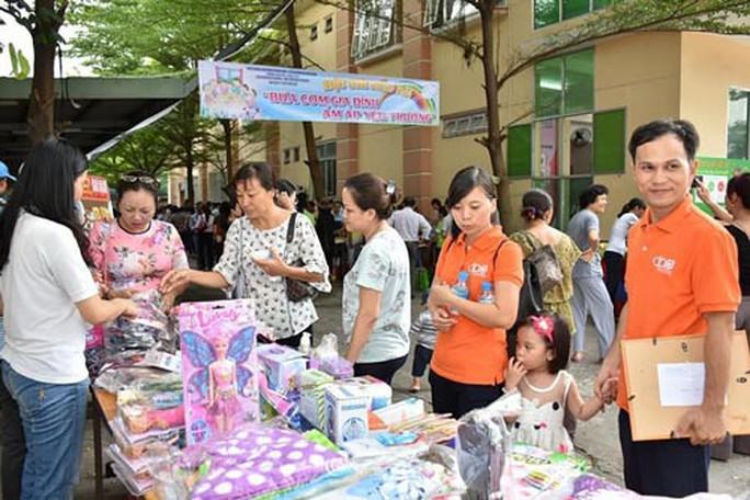 Nhiều hoạt động tôn vinh ngày Gia đình Việt Nam - Ảnh 1.